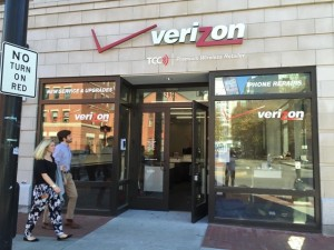 Verizon Window Graphics printed by ICL Imaging